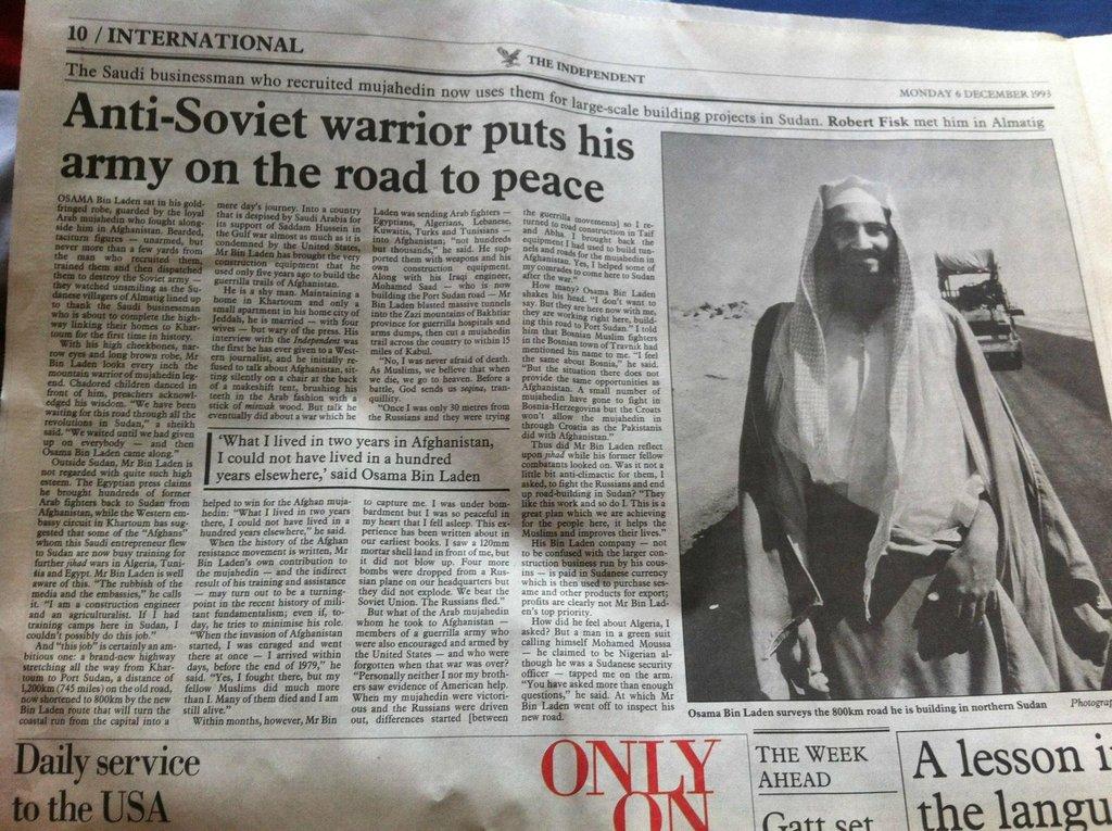 """The Independent i 1993, hvor Osama Bin Laden beskrives som en frihedskæmper. Det ligner til forveksling nutidens beskrivelser af """"de syriske oprørere"""" og """"frihedskæmpere""""."""