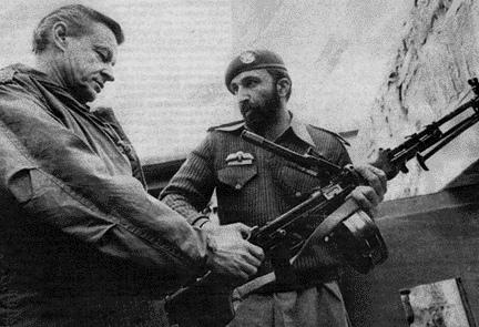 Zionisten Brzezinski (tv.) med Osama Bin Laden.