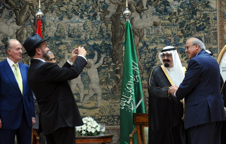 Saudi-Arabiens enevældige konge, der er al-Qaedas hovedsponsor, poserer for zionistiske venner.