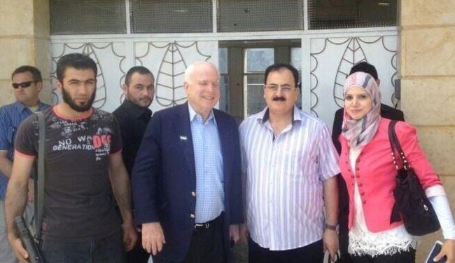 John McCain med Salim Idriss fra den såkaldte Free Syrian Army.