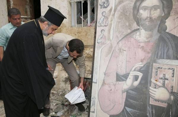 Gamle ikoner og skrifter og har lidt begrænset skade af den uro de vestligt støttede islamistiske terrorster har forårsaget.